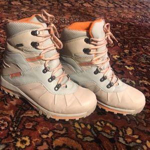 Tecnica snow boots